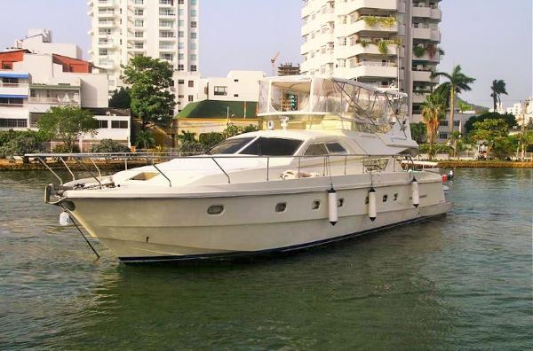 Ferretti Yachts 62