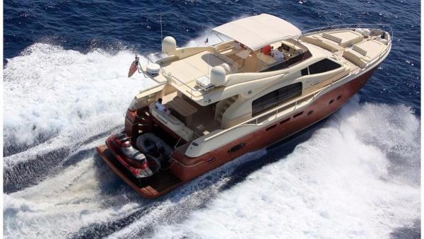 Ferretti Yachts Yachts Altura 690