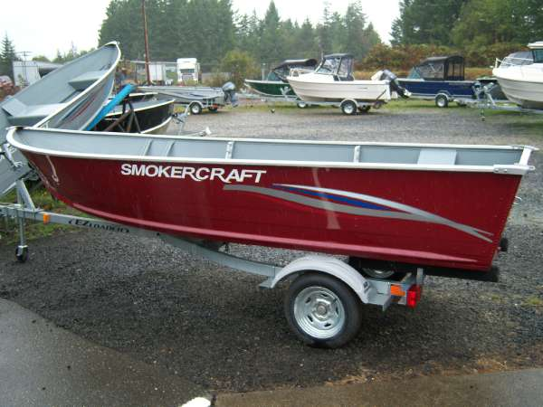 Utility boat smoker craft boats for sale for Smoker craft alaskan 15