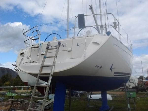 Dufour 385 Grand Large Transom view
