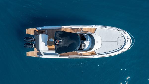 Sessa Marine Key Largo 34 Outboard Line