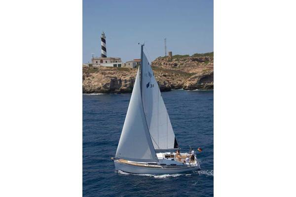 Bavaria 31 Cruiser Manufacturer Provided Image