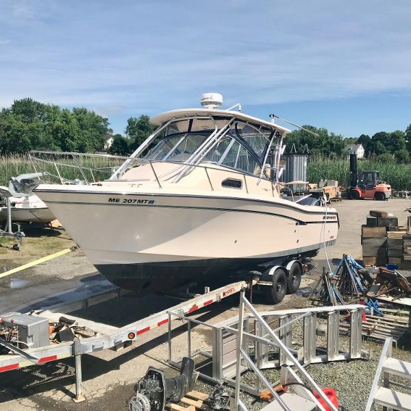 Grady-White 290 Chesapeake