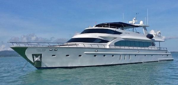 Custom 100ft Motor Yacht At anchor