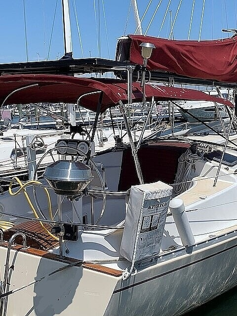 Freedom Yachts 32 1985 Freedom 32 for sale in Cortez, FL