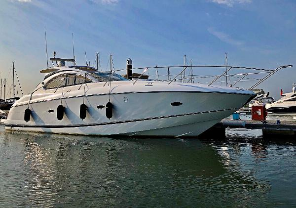 Sunseeker Portofino 47 On her Berth