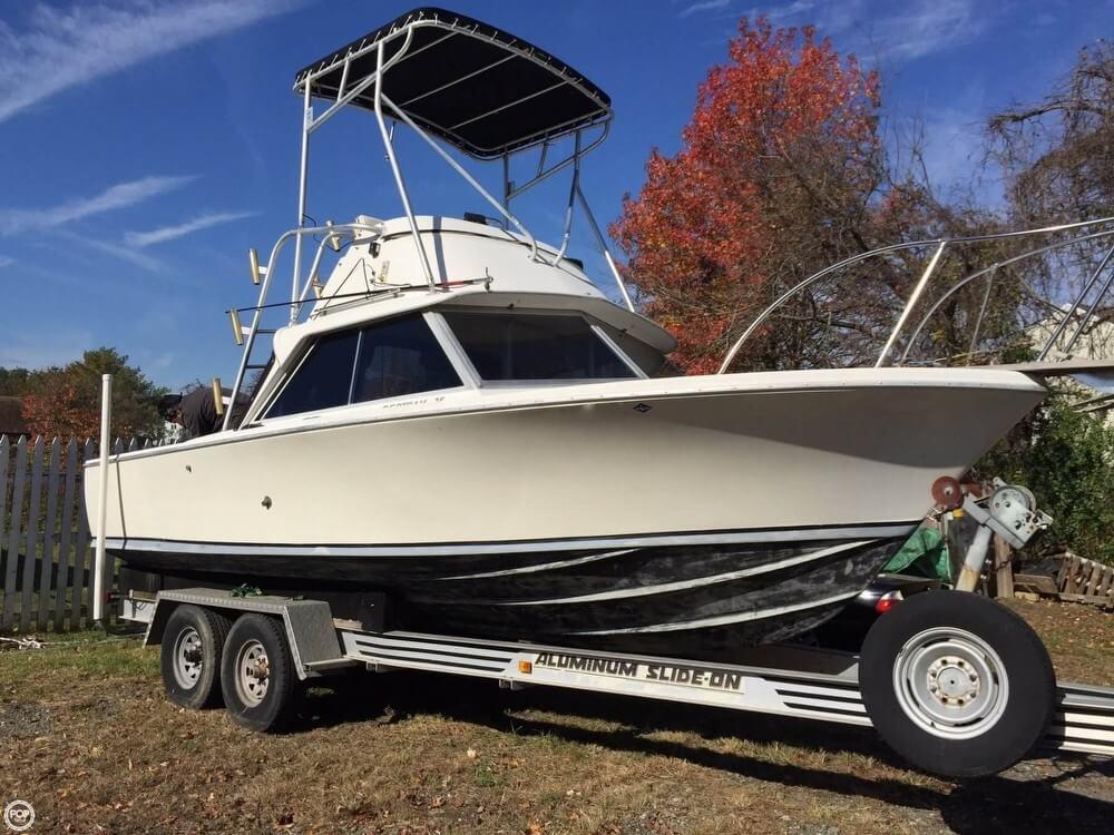 Bertram 25 1968 Bertram 25 Mark II Flybridge Sportfish for sale in Wilmington, DE