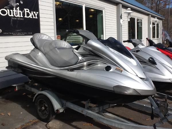 Yamaha WaveRunner FX Cruiser High Output
