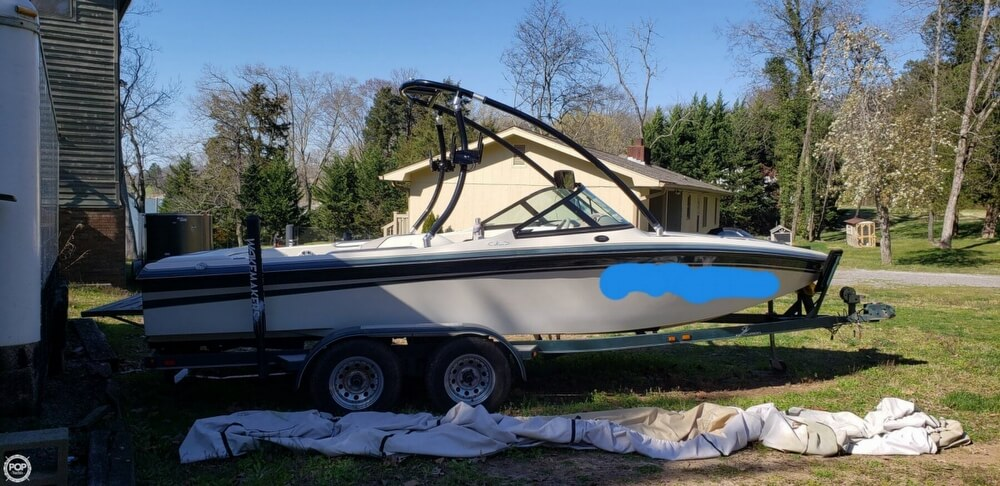 Centurion Elite Bowrider 1999 Centurion Elite Bowrider for sale in Louisville, TN