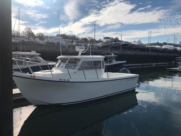 Osprey Pilothouse 24' PILOT