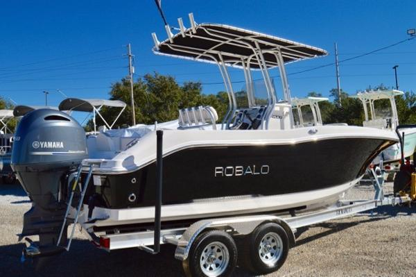 Robalo 200 Center Console 2017-Robalo-200-Center-Console-Boat-For-Sale
