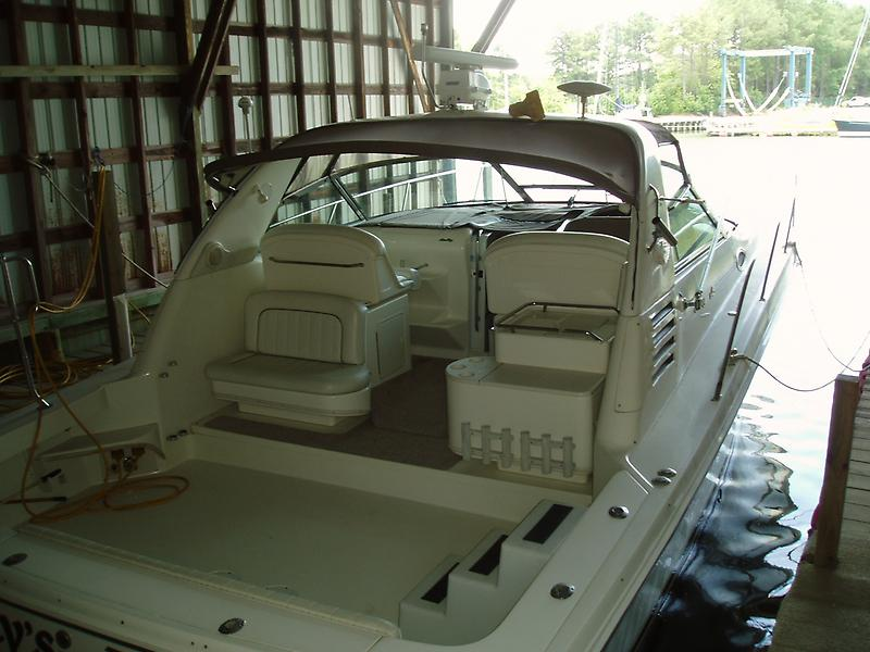 Sea Ray 370 Express Cruiser P1010637.JPG