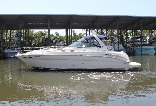 Sea Ray 380 Sundancer Port View