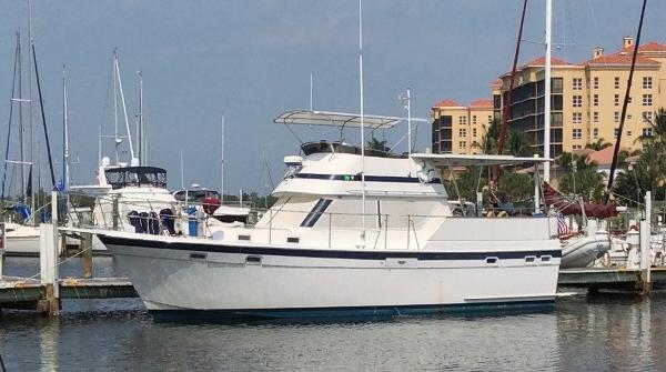 Gulfstar 38 Sun Deck Motor Cruiser / Trawler At the marina