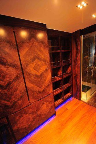 Master cabin closet