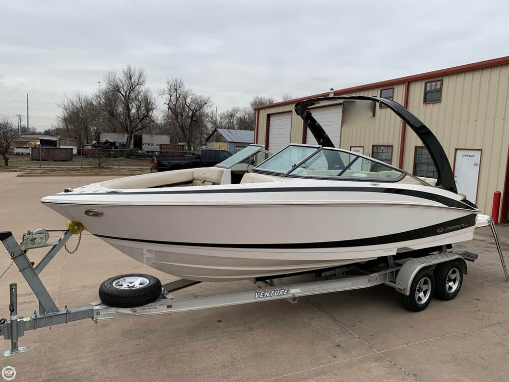 Regal 2300 Bowrider 2011 Regal 2300 Bowrider for sale in Oklahoma City, OK