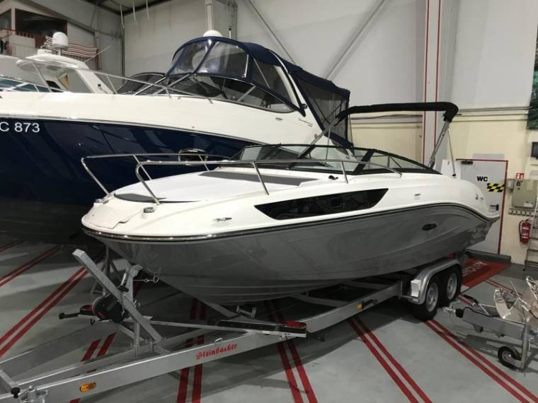 Sea Ray Sea Ray 230 SSE Modell 2018 SOFORT Motorboot