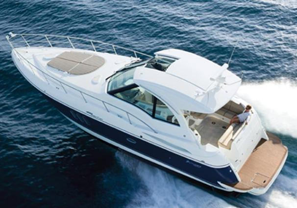 Cruisers Yachts 420 Sports Coupe Manufacturer Provided Image