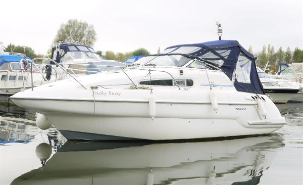 Sealine S24 Sports Cruiser