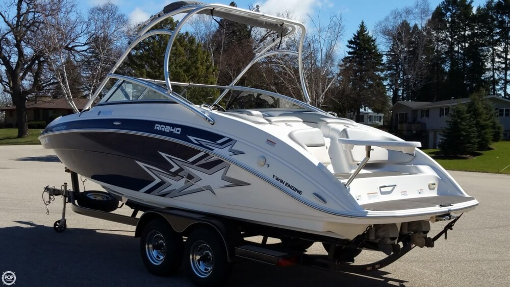 Yamaha Ar240 High Output 2010 Yamaha AR240 for sale in Sturtevant, WI