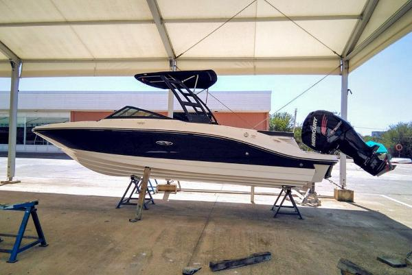 Sea Ray SPO21E