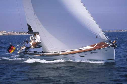 Sailing,deck is not teak laid at forward and on the sides