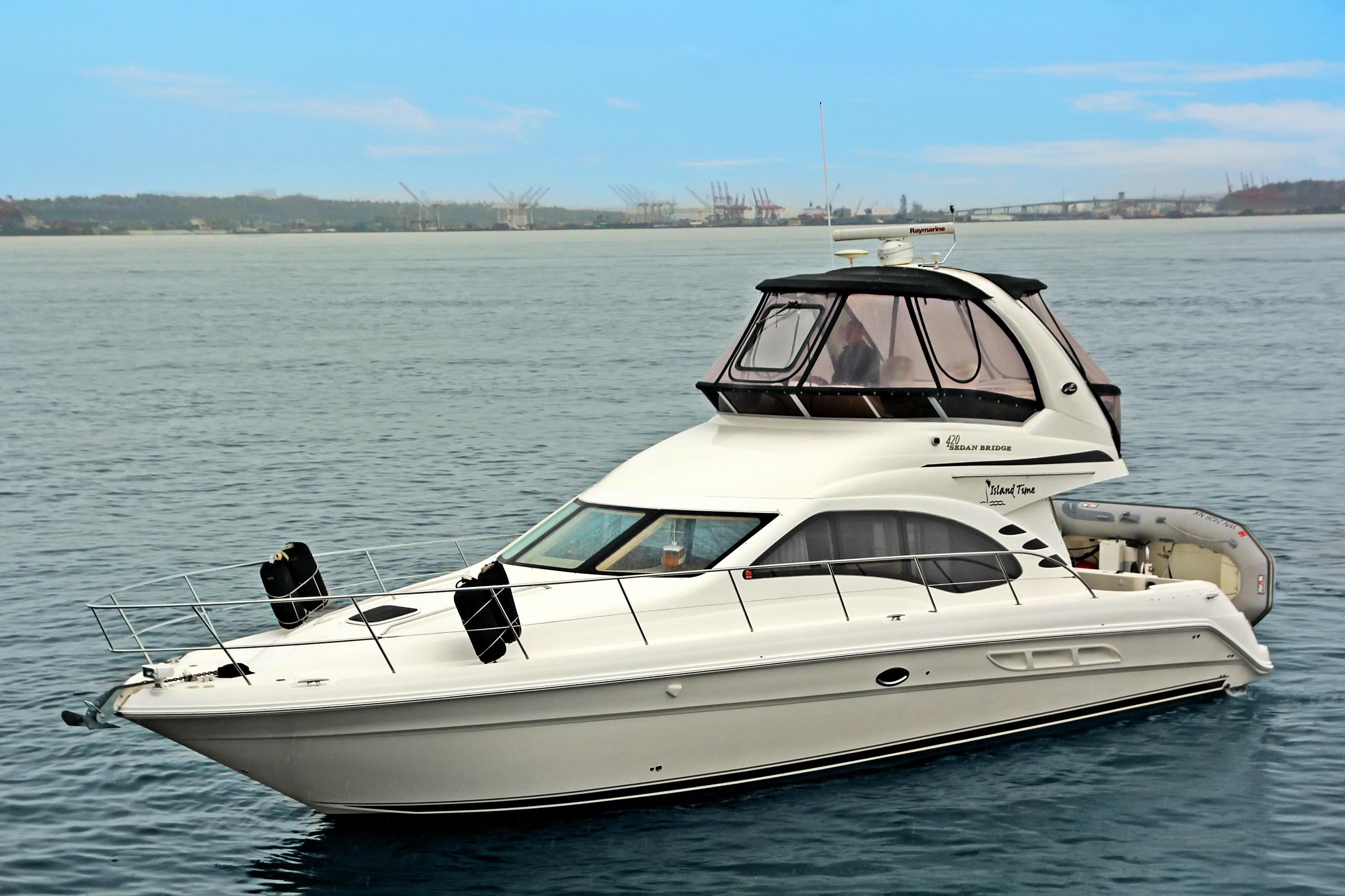 Sea Ray 420 Sedan Bridge Island Time - 420 Sedan Bridge