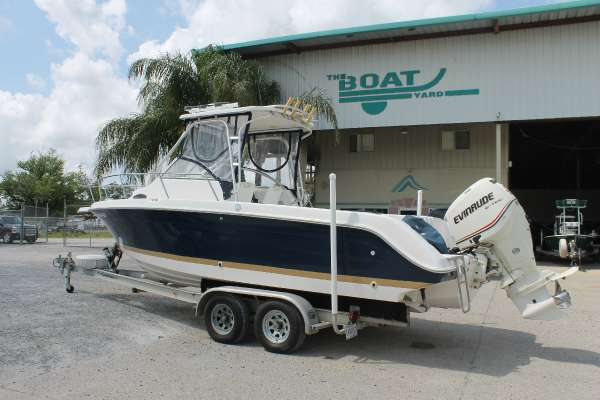 Wellcraft 240 Coastal