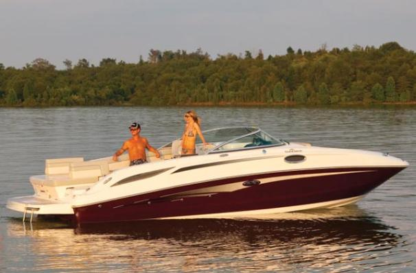 Sea Ray 280 Sundeck Manufacturer Provided Image
