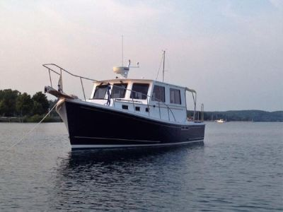 Downeast Duffy Style Port bow