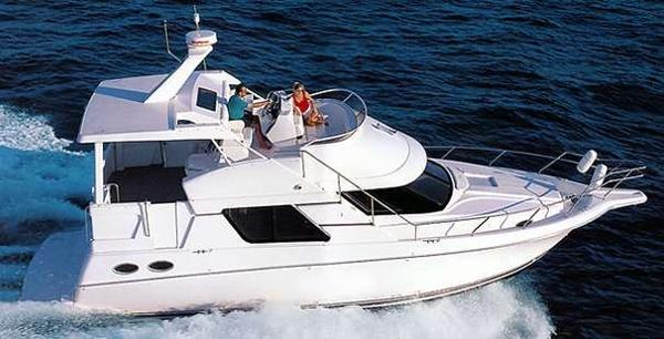 Silverton 372 Motor Yacht Sistership Photo