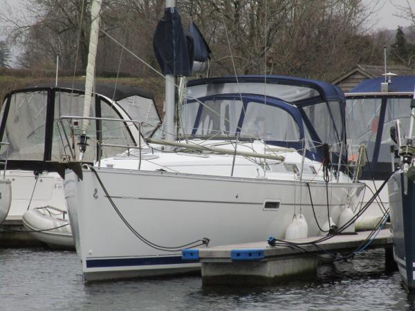 Beneteau Oceanis Clipper 343 Beneteau Oceanis 343 - Perpetual Dawn
