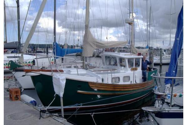 Northshore Fisher 25