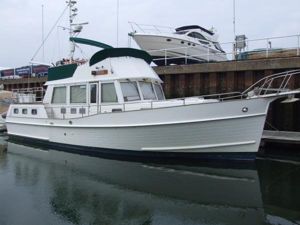 Grand Banks 42 Motoryacht Grand Banks 42 Motor Yacht