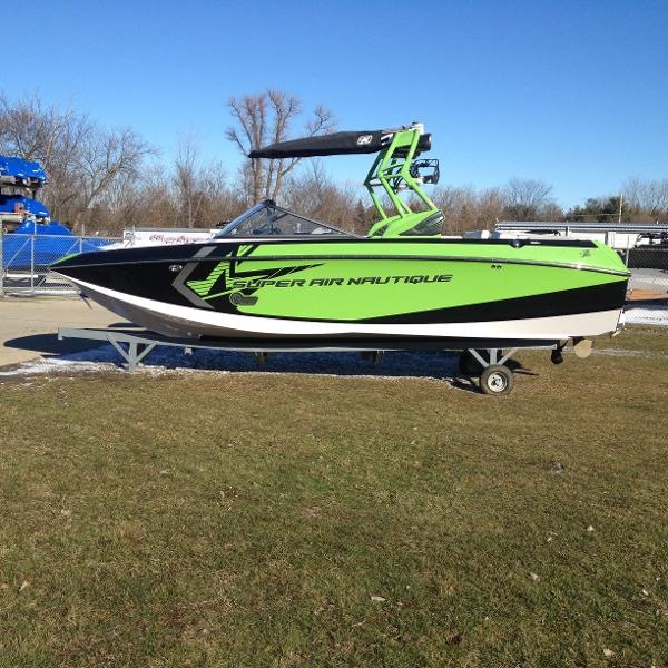 Correct Craft Super Air Nautique G23 Open Bow