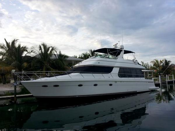 Carver 570 Voyager Pilothouse Main Profile