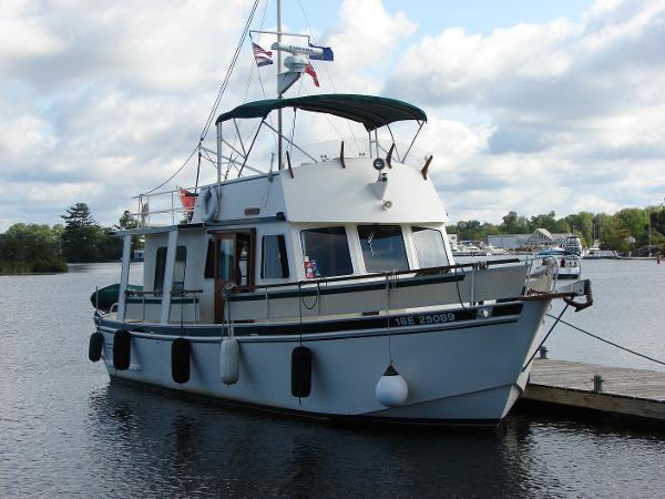Custom Trawler Aluminum