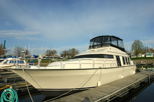 Mainship Mediterranean Double Cabin Profile