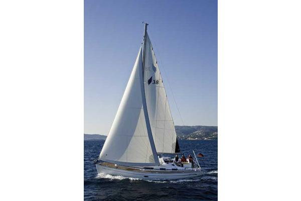 Bavaria 38 Cruiser Manufacturer Provided Image