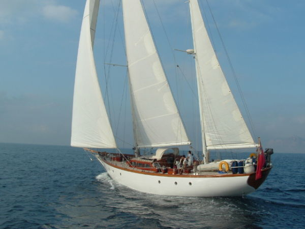 Alan Pape 72 Ketch Photo 1