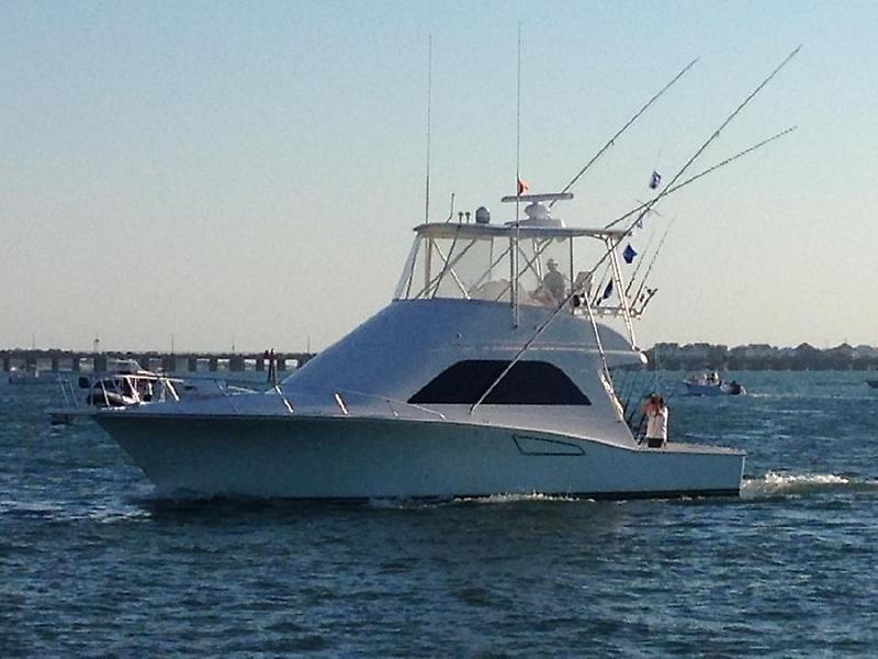 Cabo yachts 40 Convertible 1.jpg