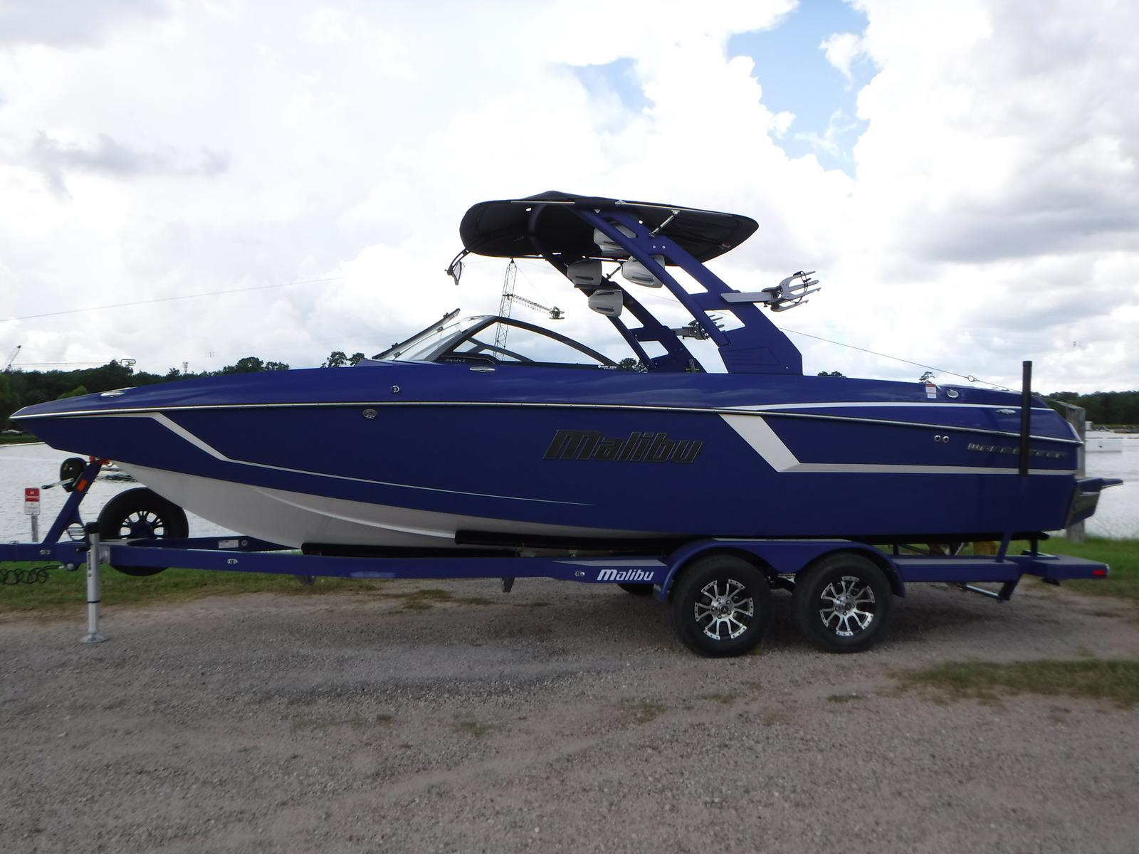 Malibu Boats LLC 24 mxz