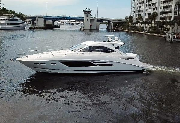 Sea Ray 510 Sundancer Main Profile