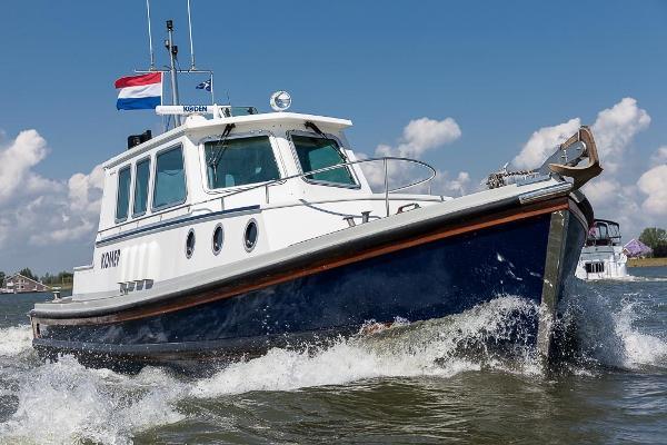 Nelson 40 classic rescue boat