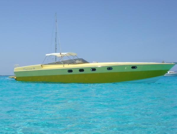 Magnum 56 speed boat Magnum Marine 56 for sale