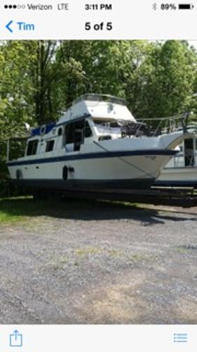 Blue Water 40' Coastal Cruiser Starboard Side 40' Bluewater