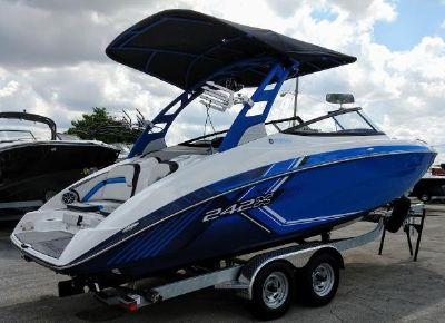 Yamaha Boats 242X E-Series