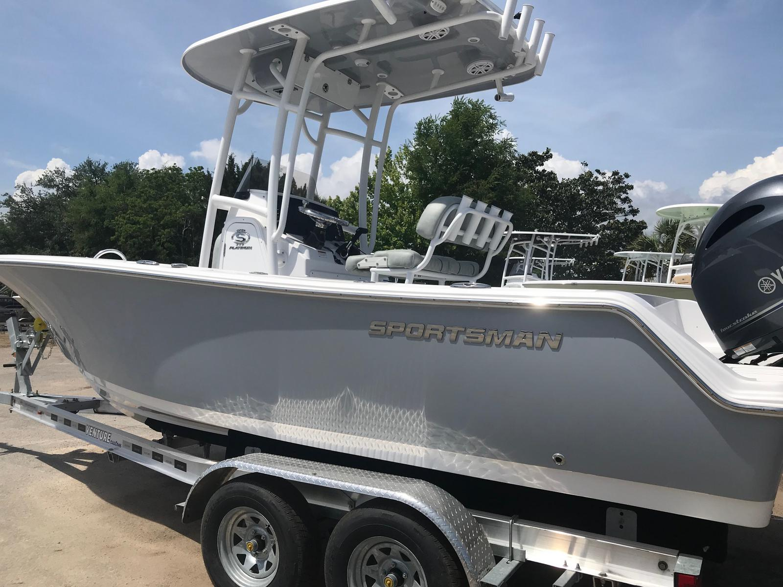 Sportsman Boats Open 212 Center Console