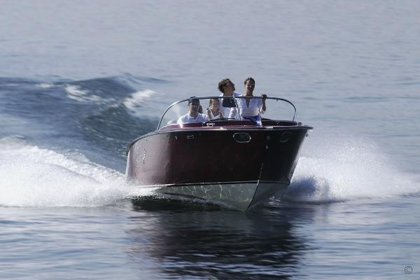 Boesch 750 PORTOFINO DE LUXE Boesch 750 Portofino de Luxe