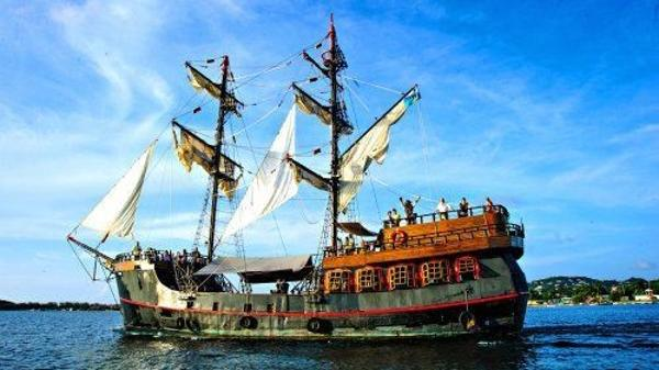 Custom Pirate Ship